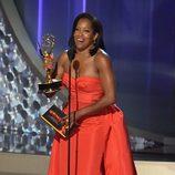 Regina King recogiendo su Premio Emmy 2016