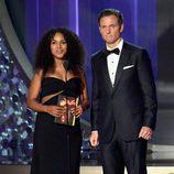 Kerry Washington y Tony Goldwyn presentan en los Premios Emmy 2016