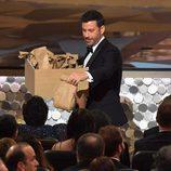 Jimmy Kimmell repartiendo sandwiches en los Premios Emmy 2016
