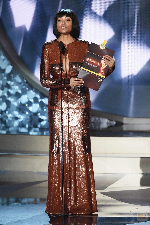 Taraji P. Henson presentando en los Premios Emmy 2016
