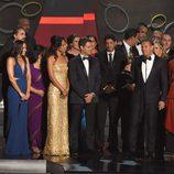El equipo de 'The Voice' recogiendo su Premio Emmy 2016