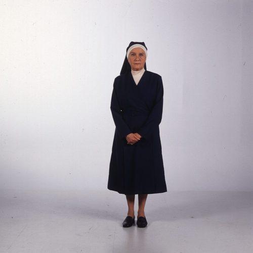 Amparo Valle es la hermana Asunción en la serie 'Hermanas'