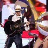 Canco Rodríguez interpretando a Los Rebeldes en 'Tu cara me suena'