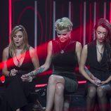 Montse, Bárbara y Adara en la sala de expulsión