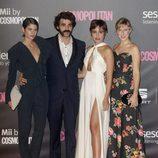 Varias actrices junto a Alex García en los Premios Cosmopolitan 2016