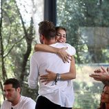 El abrazo de David Bisbal y Chenoa durante la segunda entrega de 'OT. El reencuentro'