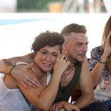 Àlex abraza a una Rosa envuelta en lágrimas en la segunda parte de 'OT. El reencuentro'