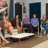 Antonio Recio alza la voz en una junta de vecinos de 'La que se avecina'