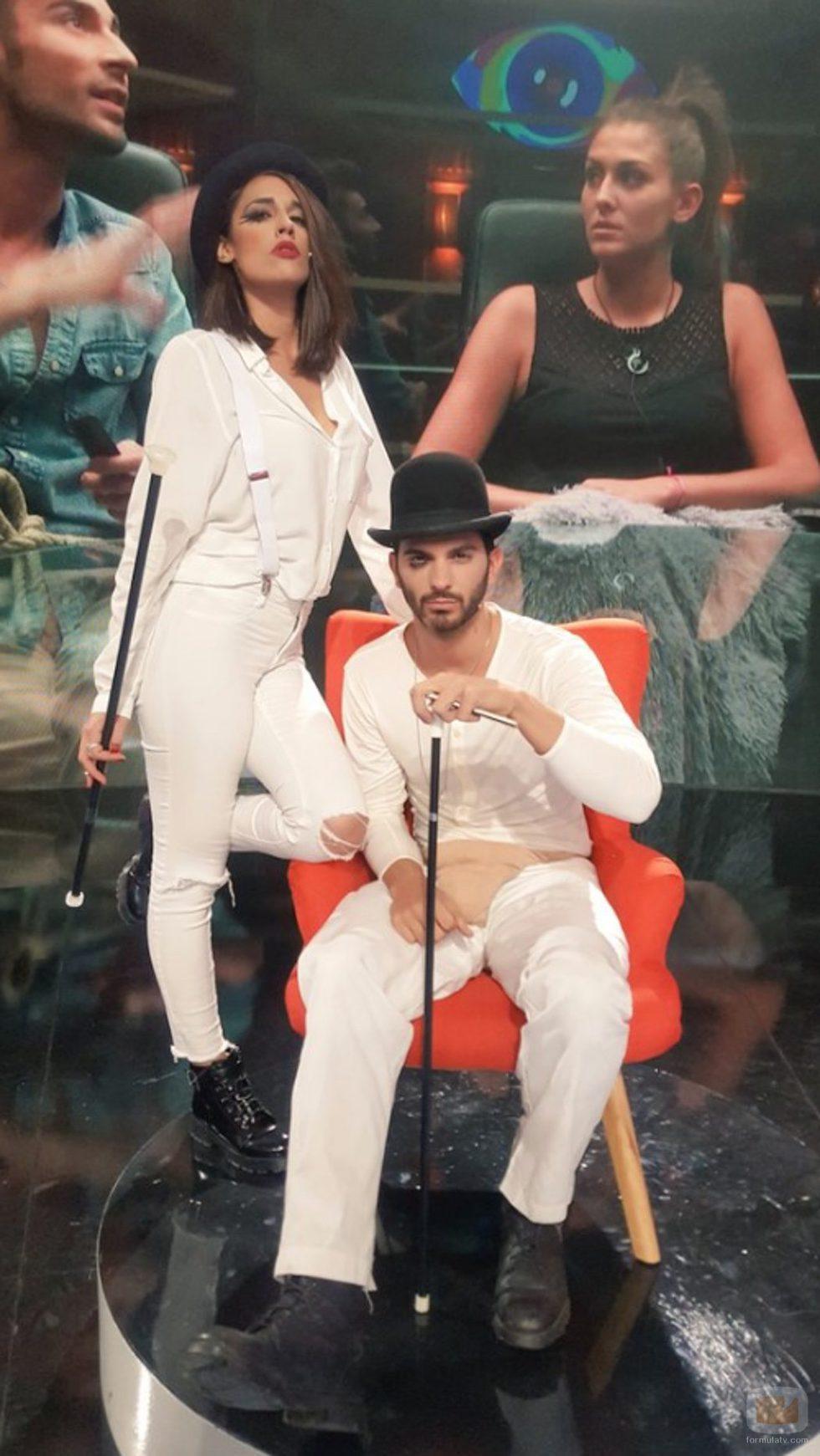 Lucía y Suso disfrazados por Halloween 2016 en 'Gran Hermano: El debate'