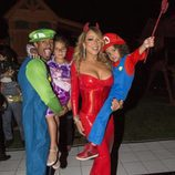 Mariah Carey se disfraza junto a su familia por Halloween 2016