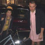 Amy Schumber y su novio se disfrazan de 'Stranger Things' por Halloween 2016
