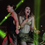 Gisela y Chenoa actuando juntas en el concierto de 'OT. El reencuentro'