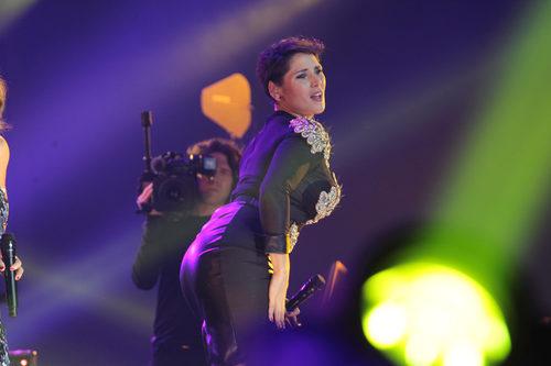 Rosa López interpretando una coreografía durante el concierto de 'OT. El reencuentro'