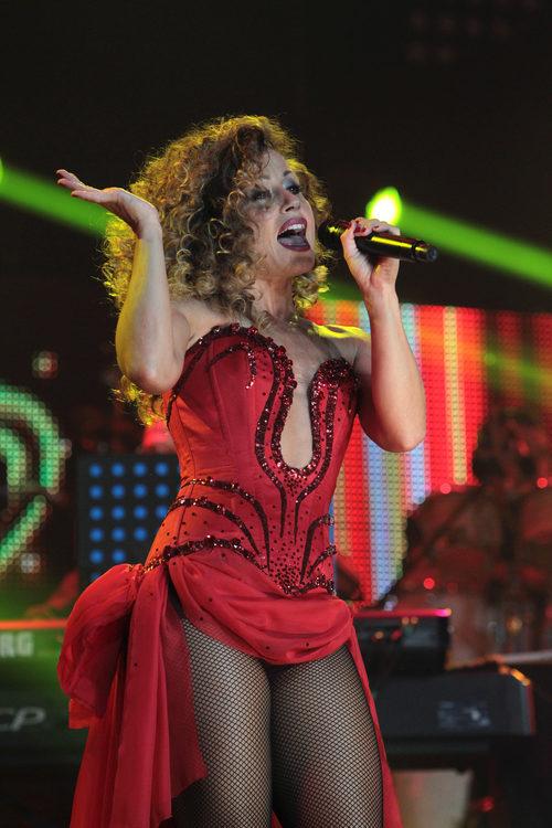 Verónica Romero actuando en el concierto de 'OT. El reencuentro'