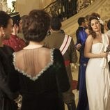 Blanca Suárez interpretando a Sonsoles de Icaza en 'Lo que escondían sus ojos'
