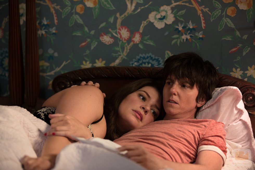 Tig se sincera con Brooke en 'One Mississippi'
