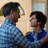 Tig y su compleja relación con su padrastro en 'One Mississippi'