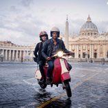 Hooten y Alex viajan en moto por Italia