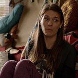 Caitlin Stasey es Claire en 'Please Like Me'