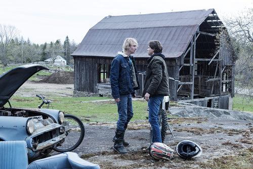 James Paxton y Tyler Young discutiendo en 'Eyewitness'