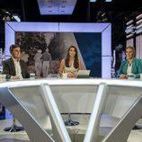 Ana Pastor presentando el programa 'El Objetivo' sobre pensiones