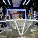 La periodista Ana Pastor en la mesa de debate de 'El Objetivo'