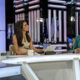 Ana Pastor, presentadora del 'El Objetivo', junto con Carolina España y Nacho Álvarez