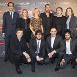 El equipo de 'El Ministerio del Tiempo' en los Premios MiM 2016.