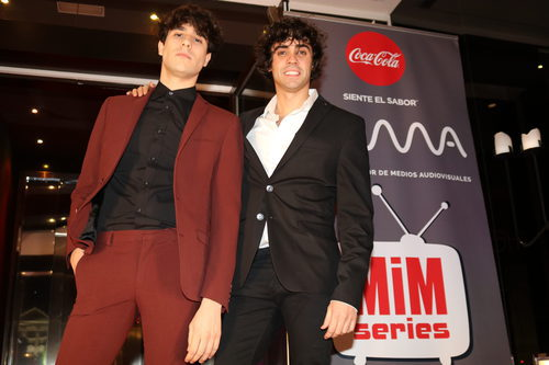 "Javier Calvo y Javier Ambrossi (""Los Javis"") en los Premios MiM 2016"