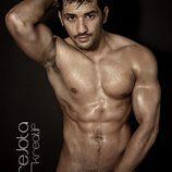 Álex Forriols, completamente desnudo