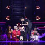Canco Rodríguez imita de nuevo a Antonio Orozco tras ser proclamado ganador de la novena gala de 'Tu cara me suena'