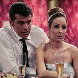 Toni Cantó y Adriana Lavat en el capítulo