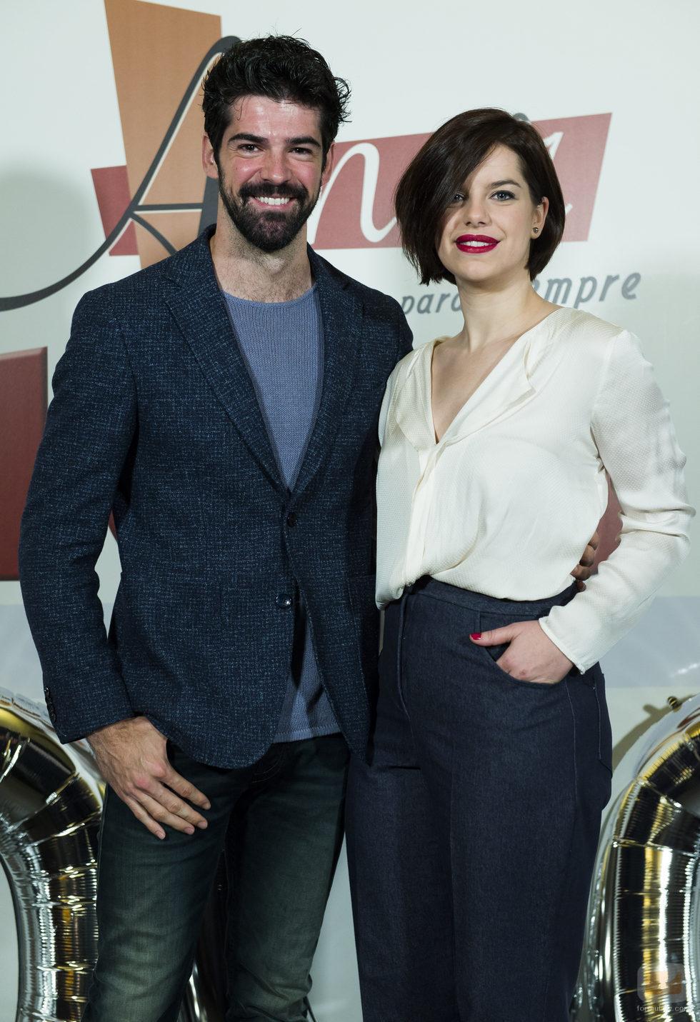Mariona ribas y miguel ngel mu oz en el acto promocional - Antena 3 tv series amar es para siempre ...