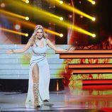 Silvia Abril interpreta la actuación de Edurne en Eurovisión en 'Tu cara me suena'