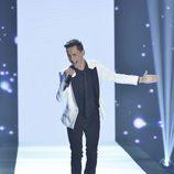 Mario canta en la gala final de 'La Voz'