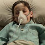 Alberto Márquez Jr en el hospital en el capítulo final de 'Velvet'