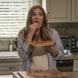 Drew Barrymore interpreta a una atractiva muerta viviente en 'Santa Clarita Diet'