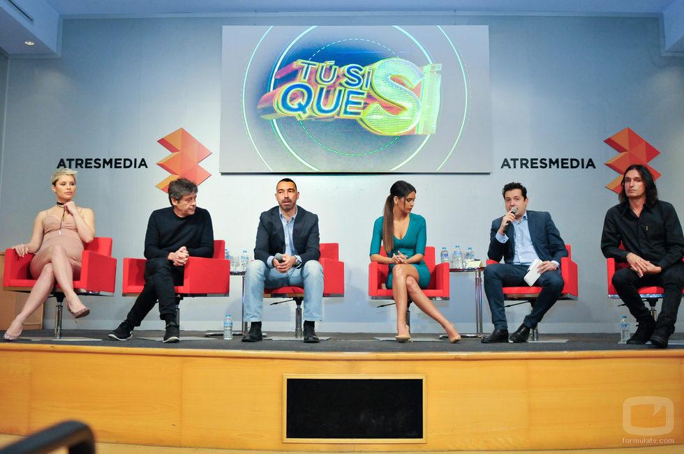 El equipo de 'Tú sí que sí' durante la presentación del concurso