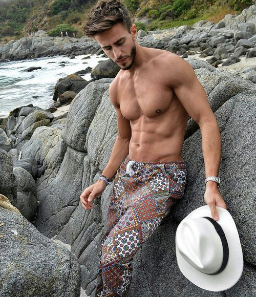 Marco Ferri ('¿Volverías con tu ex?'), el concursante italiano de 'Gran Hermano VIP 5' aparece sin camiseta