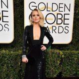 Kristen Bell ('The Good Place') posa en la Alfombra Roja de la 74ª edición de los Globos de Oro