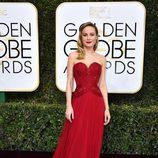 Brie Larson en la Alfombra Roja de la 74ª edición de los Globos de Oro