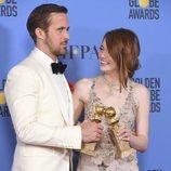 Ryan Gosling y Emma Stone, ganadores del Globo de Oro por 'La La Land'