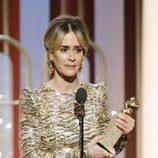 Sarah Paulson recoge su Globo de Oro 2017 a Mejor actriz de miniserie por 'American Crime Story: People v. OJ Simpson'