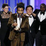 Donald Glover recoge el Globo de Oro 2017 que acredita a 'Atlanta' como Mejor serie de comedia