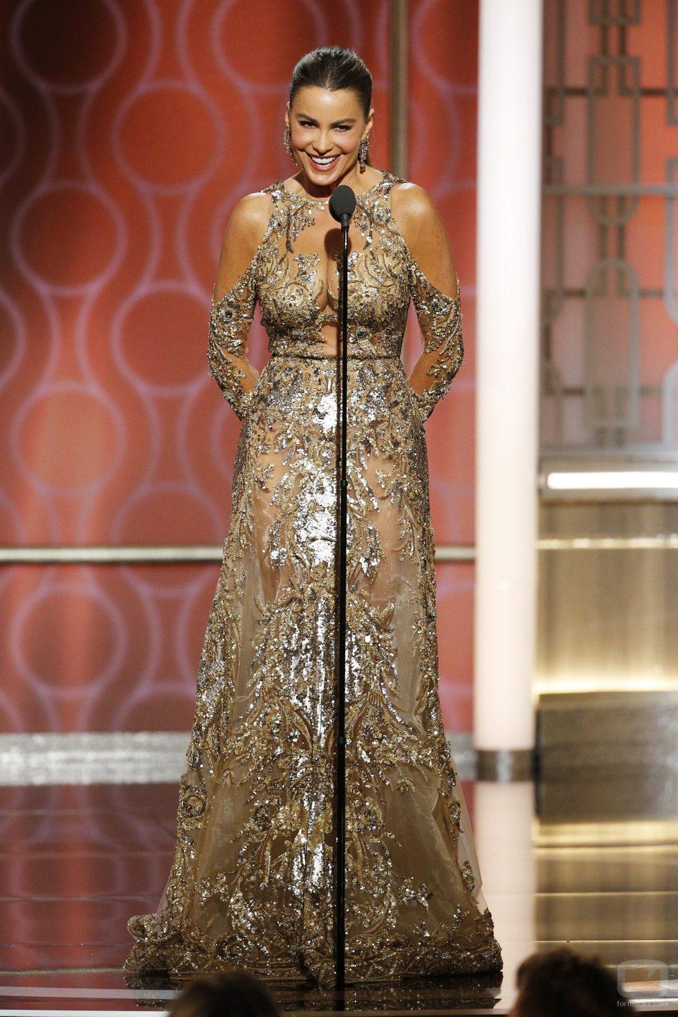 Sofía Vergara radiante durante la gala de los Globos de Oro 2107