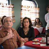 Carmen Balagué y Manolo Cal en el primer episodio de la 18º temporada de 'Cuéntame cómo pasó'