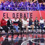 Colaboradores y presentadora en el primer debate de 'GH VIP 5'