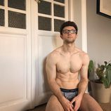 César Toral, Escaleto en 'Sálvame', se desnuda totalmente en Instagram