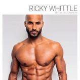 Ricky Whittle posa en calzoncillos para su calendario