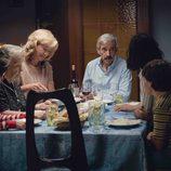 La familia Alcántara prepara la cena en el segundo capítulo de la 18ª temporada de 'Cuéntame cómo pasó'